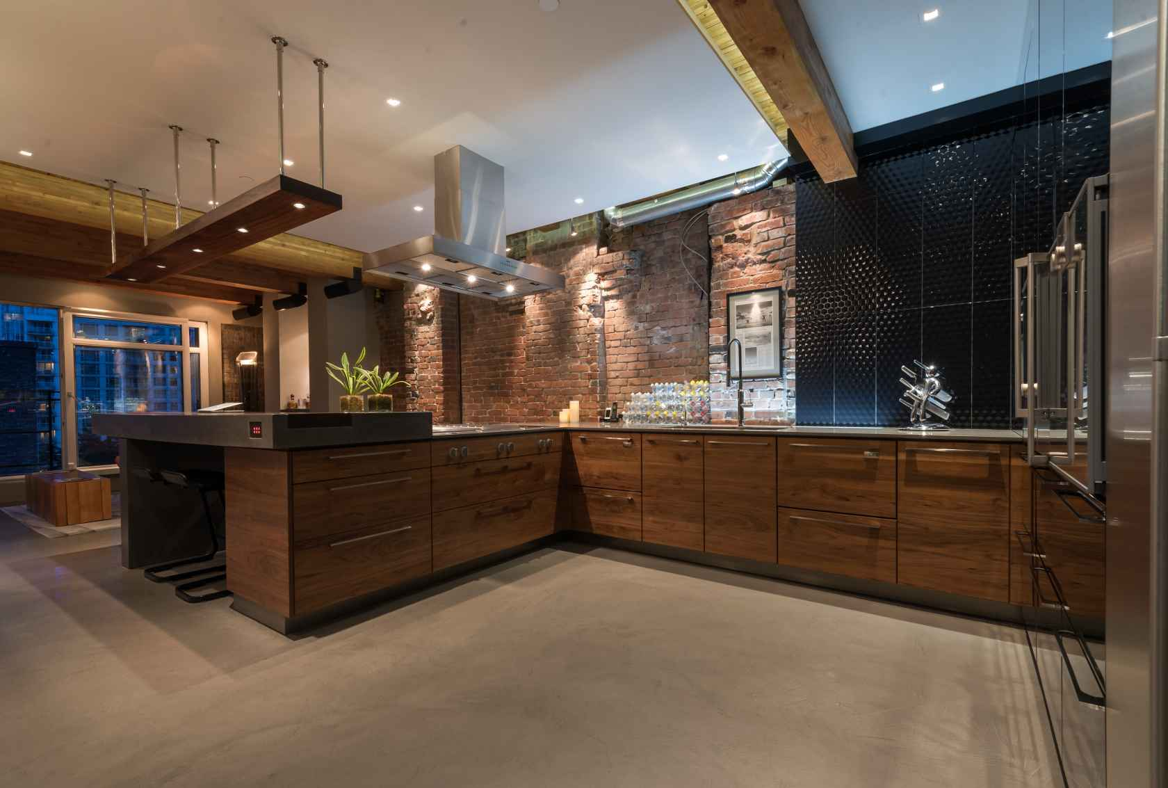 020 at 506 - 1155 Mainland Street, Yaletown, Vancouver West