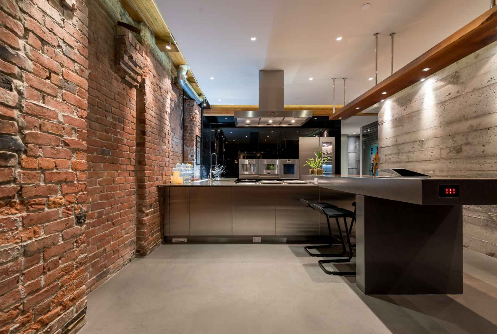 023 at 506 - 1155 Mainland Street, Yaletown, Vancouver West
