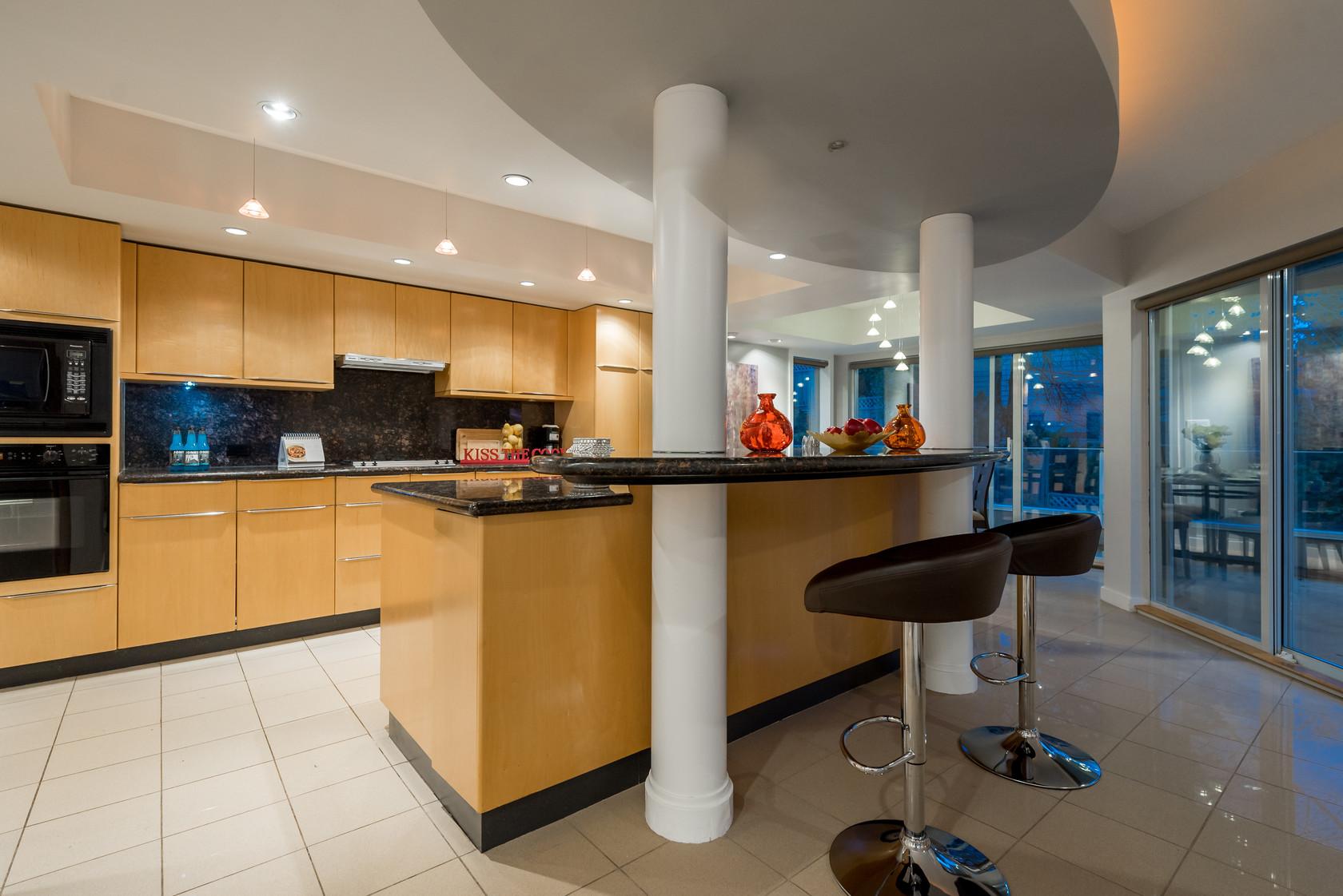 016 at 1055 Elveden Row, British Properties, West Vancouver
