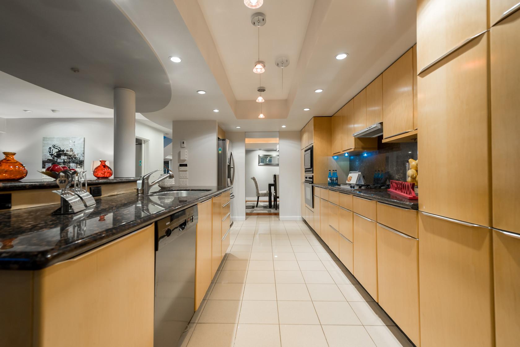 018 at 1055 Elveden Row, British Properties, West Vancouver