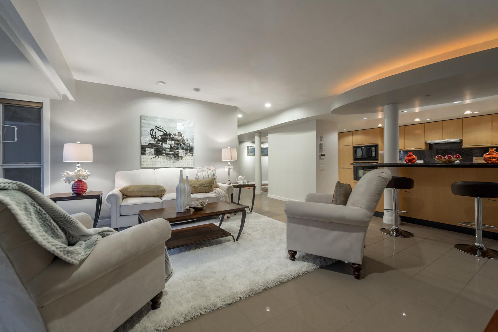 021 at 1055 Elveden Row, British Properties, West Vancouver