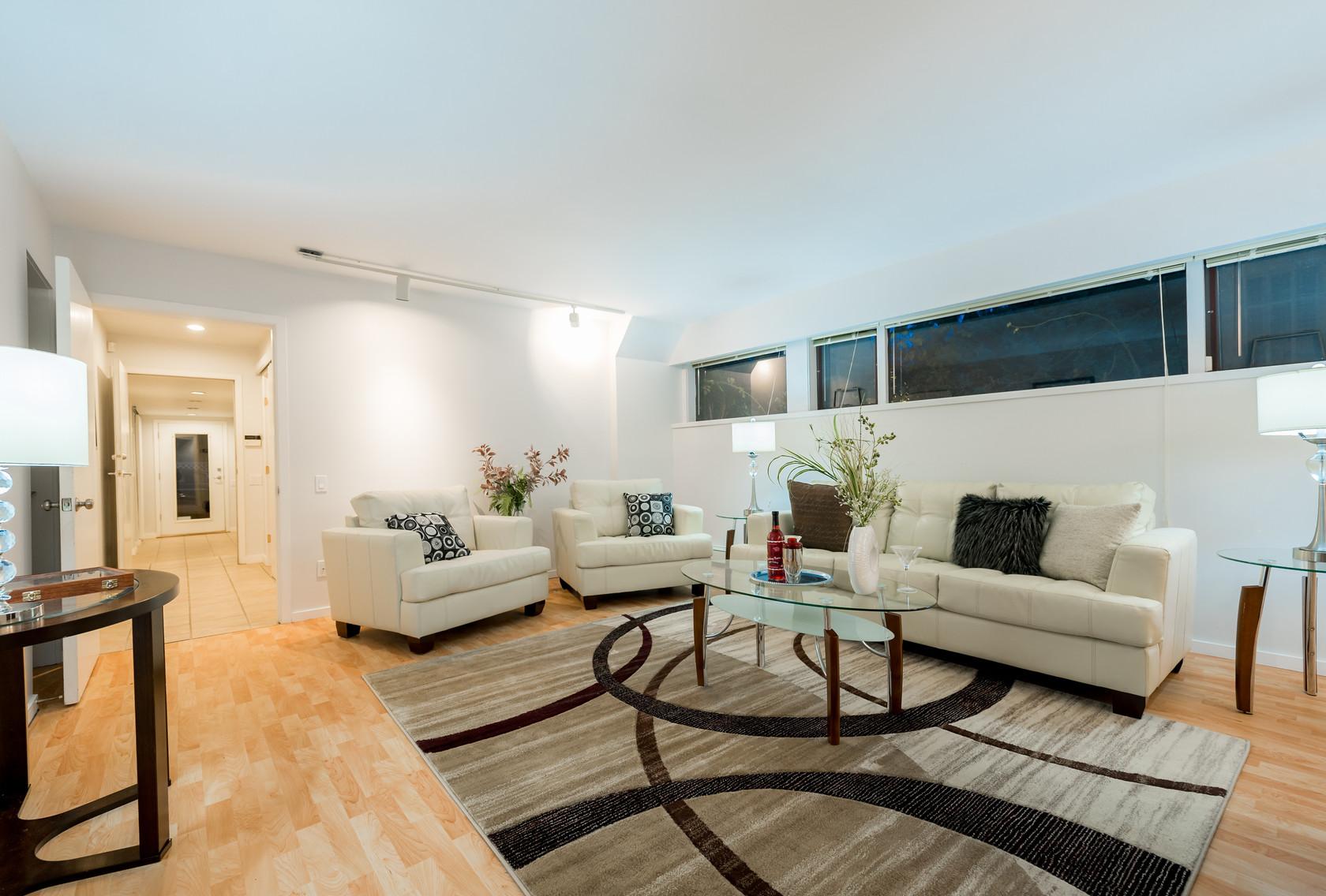 037 at 1055 Elveden Row, British Properties, West Vancouver