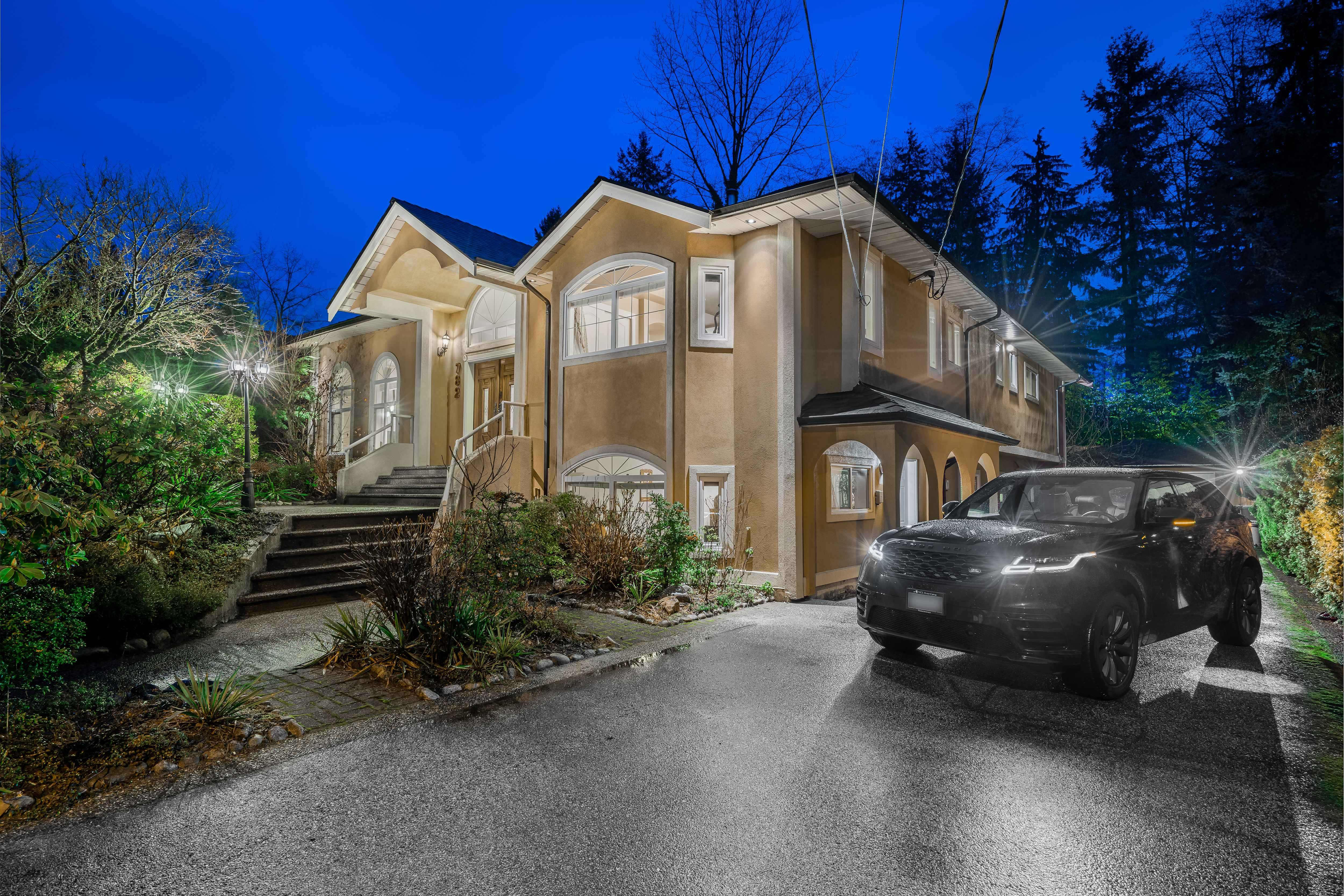 782 Browning Place, Blueridge NV, North Vancouver 2