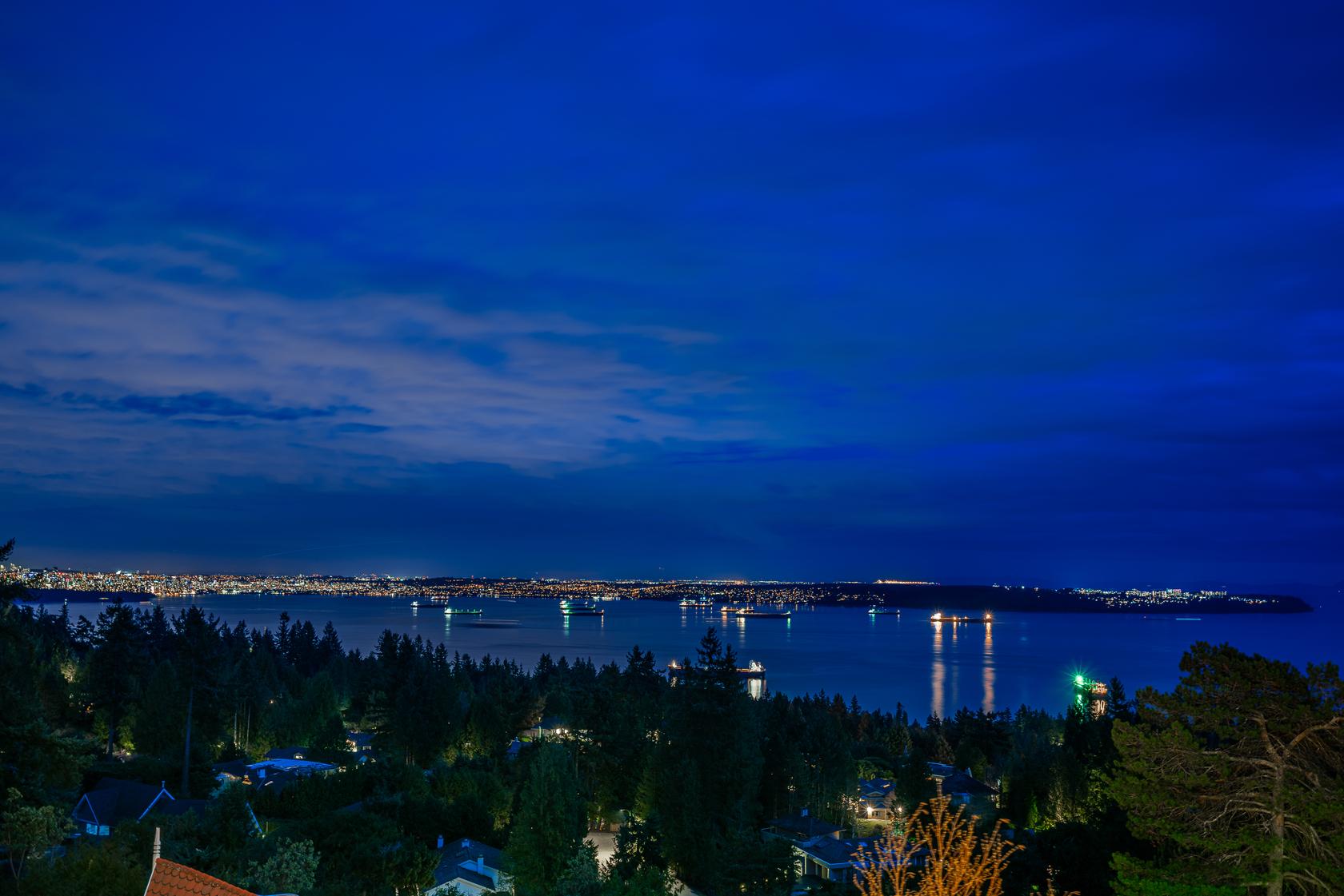 at 4667 Woodridge Place, Cypress Park Estates, West Vancouver