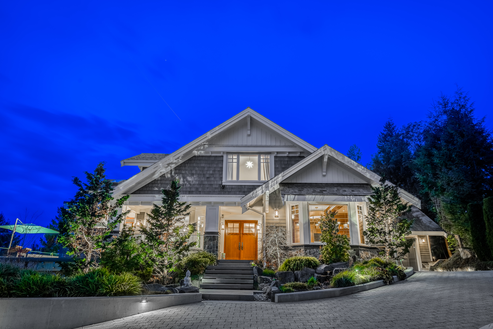 at 4667 Woodridge Place, Cypress Park Estates, West Vancouver