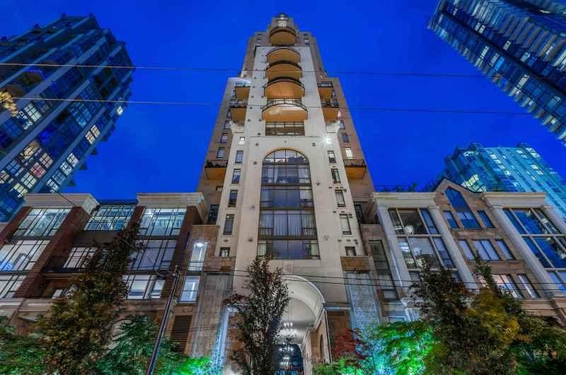 2002 - 1280 Richards Street, Yaletown, Vancouver West 2