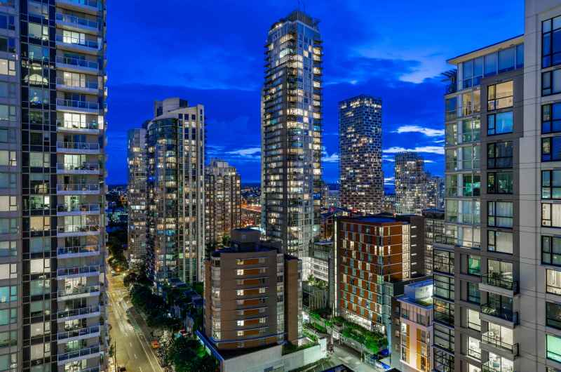 2002 - 1280 Richards Street, Yaletown, Vancouver West 4