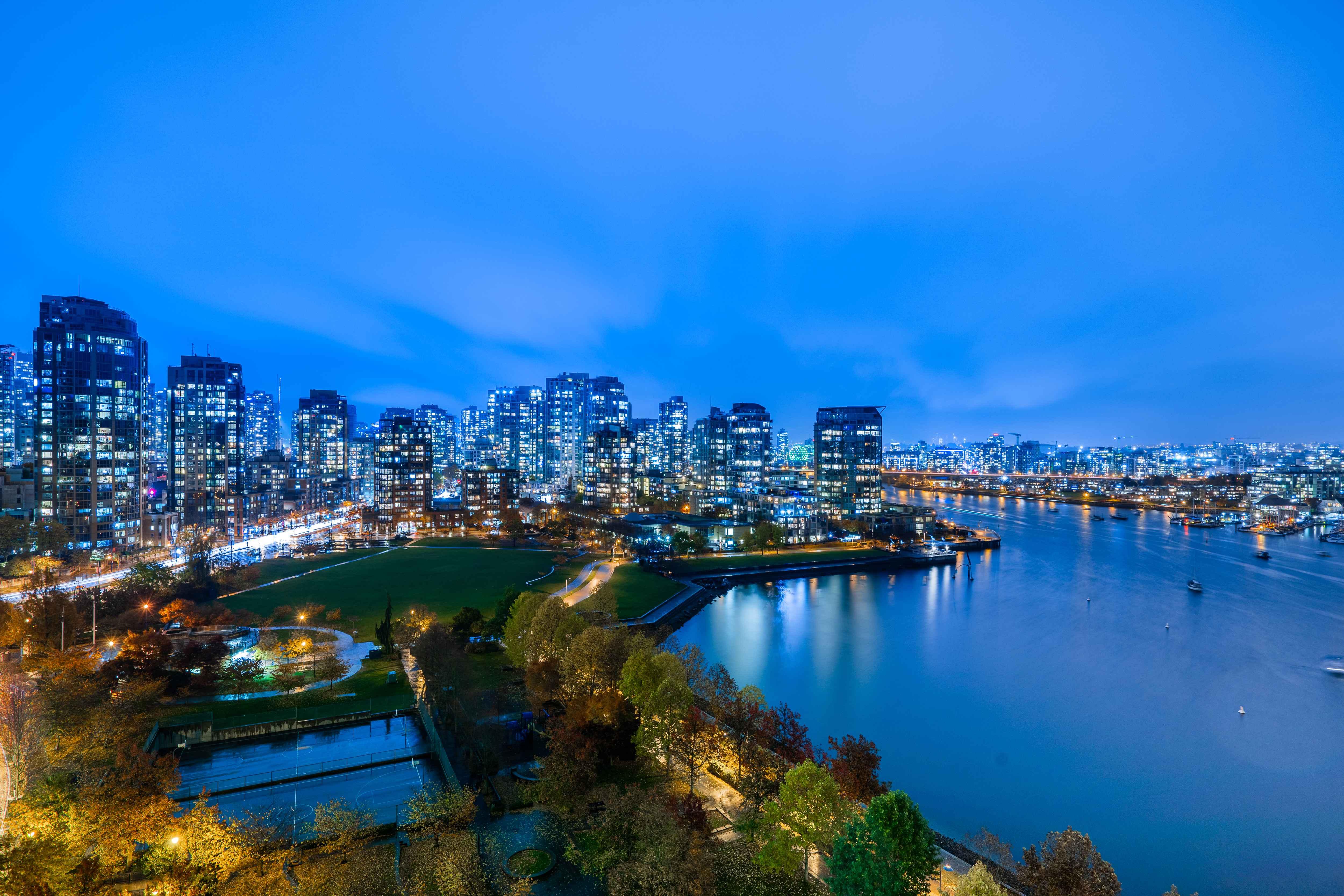 1702 - 1560 Homer Mews, Yaletown, Vancouver West 4