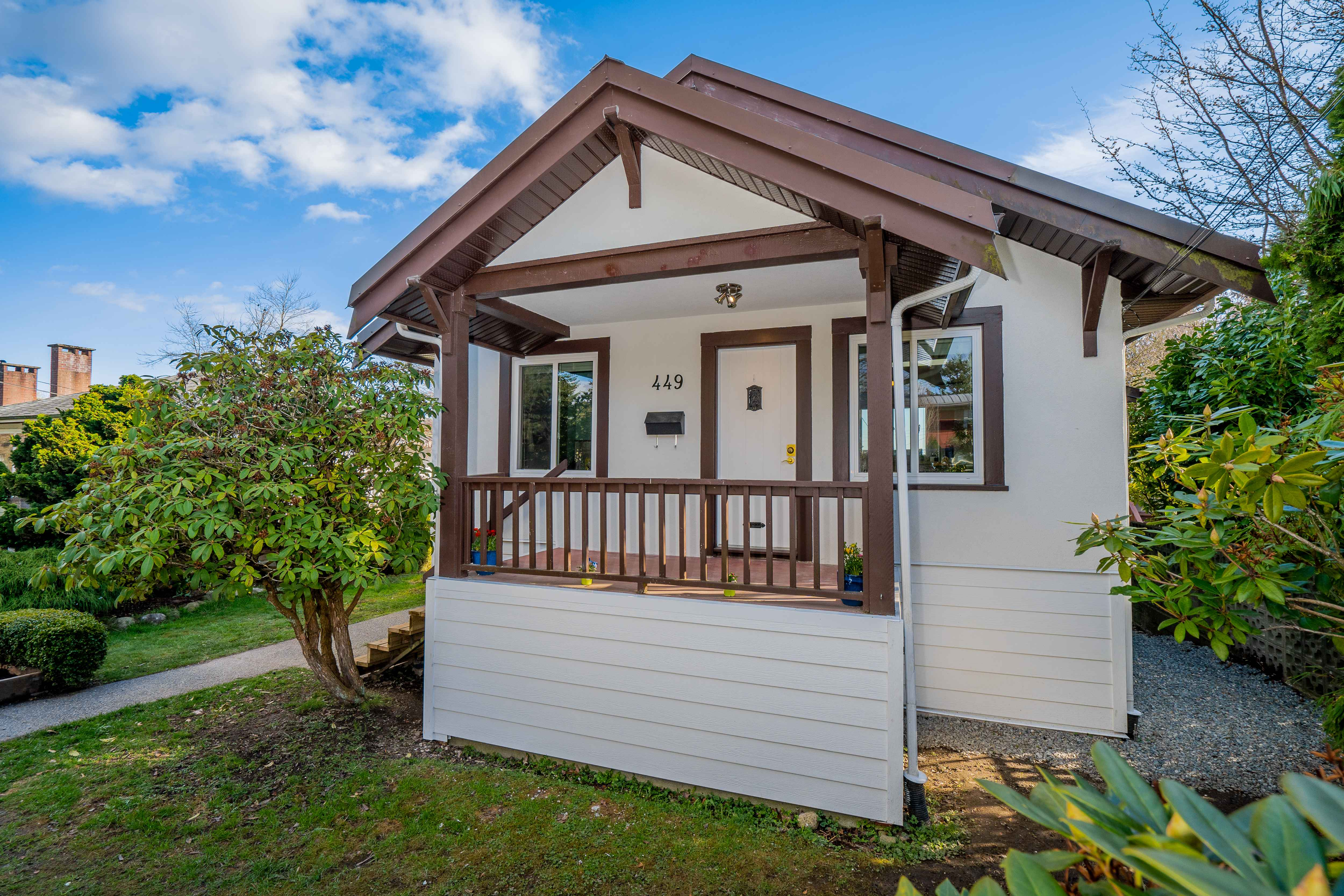 449 E 8th Street, Central Lonsdale, North Vancouver 2