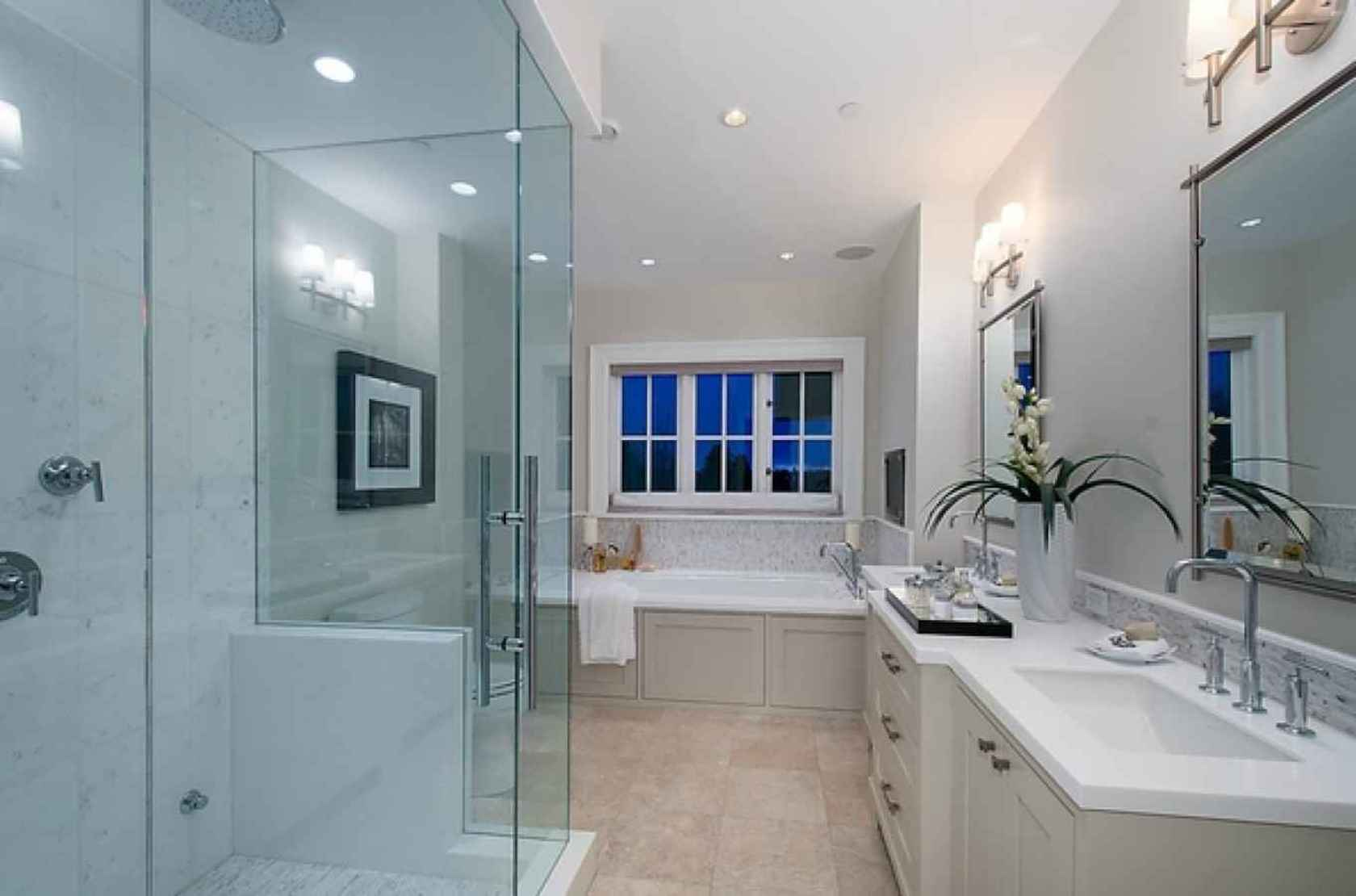 Master Bathroom at 4449 Marguerite Street, Shaughnessy, Vancouver West