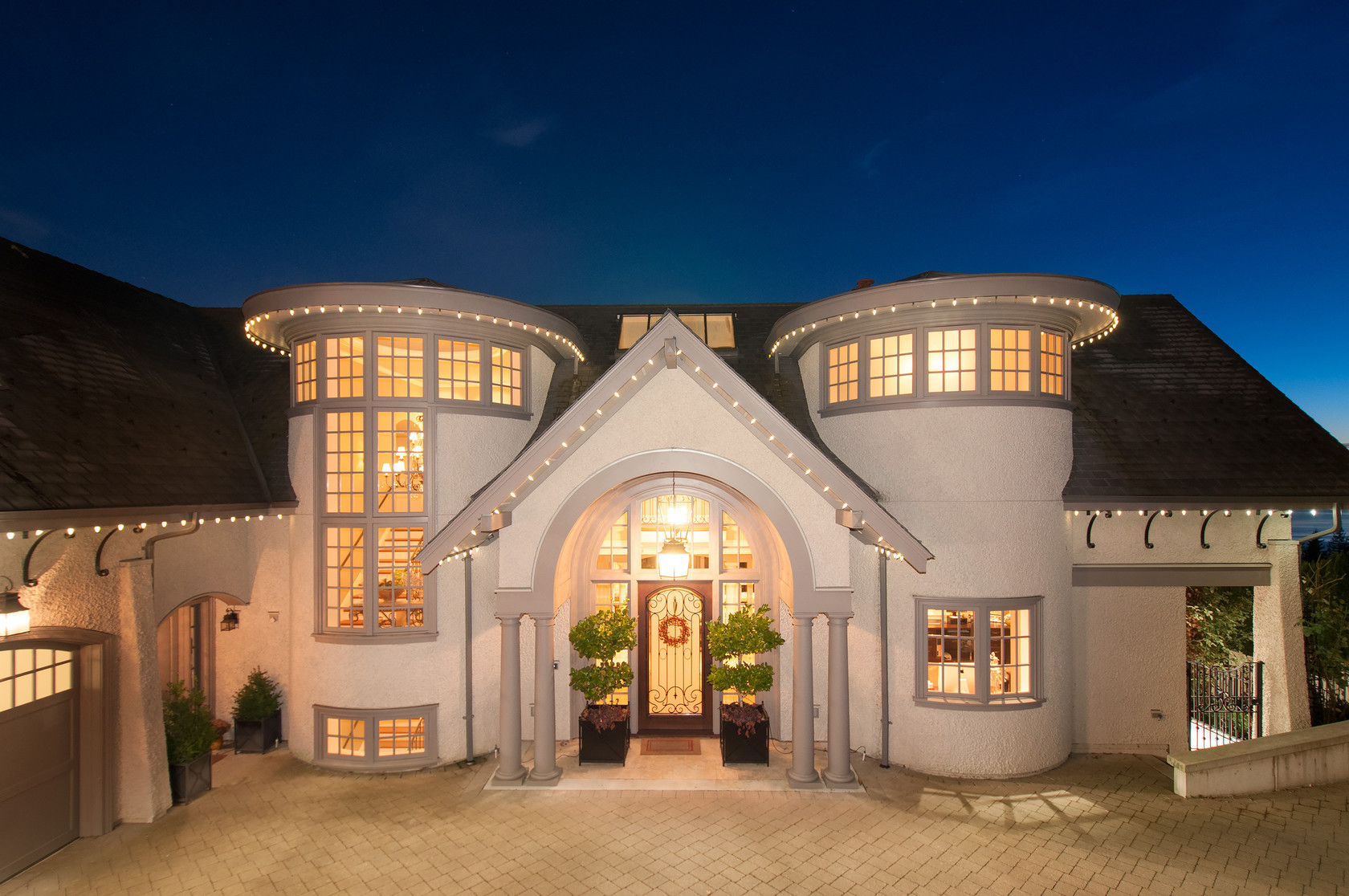 1638 Langton Place West Vancouver Luxury Real Estate - World-class-canterbury-estate-with-oceanviews