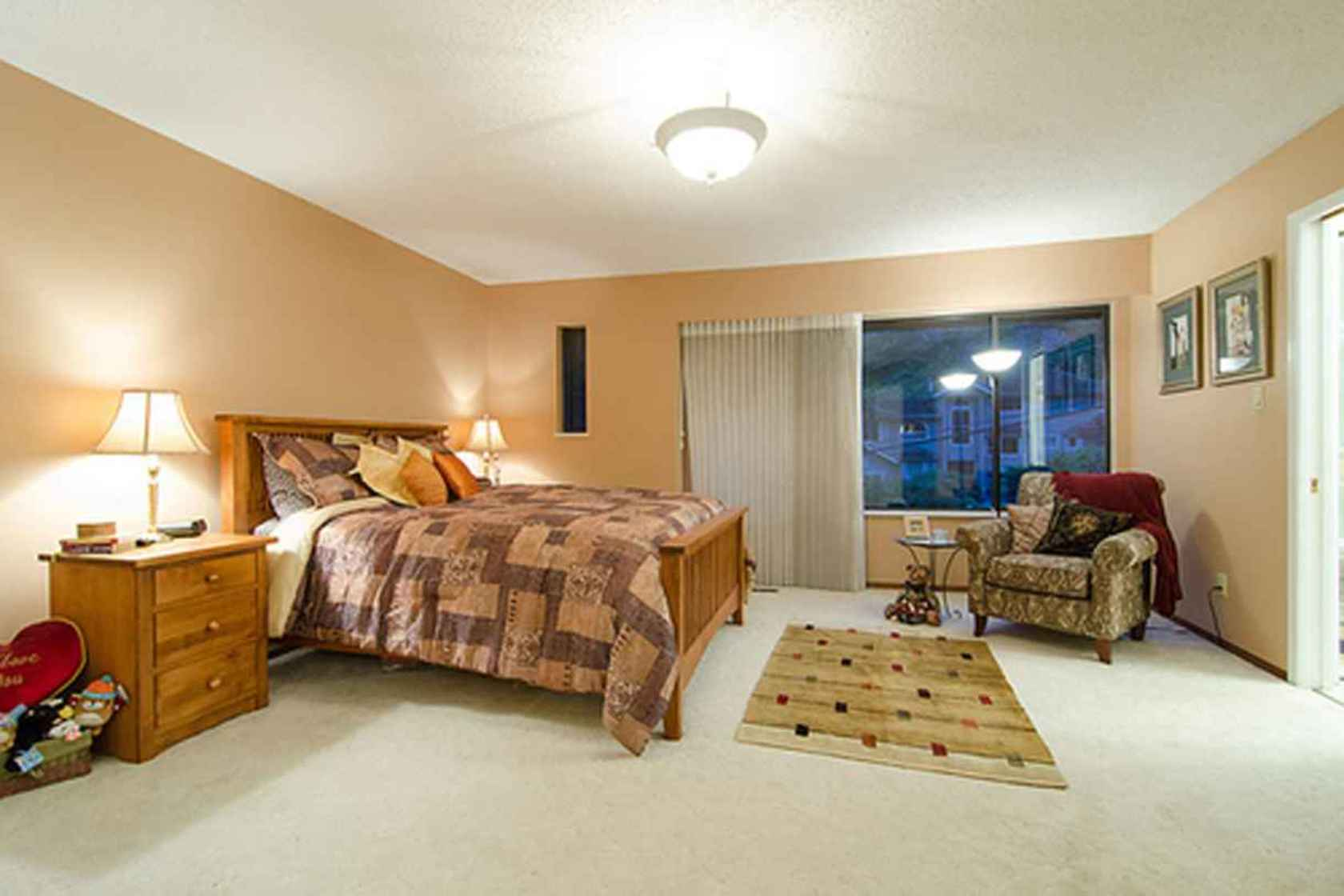 4275 at 3621 Mathers Avenue, Westmount WV, West Vancouver