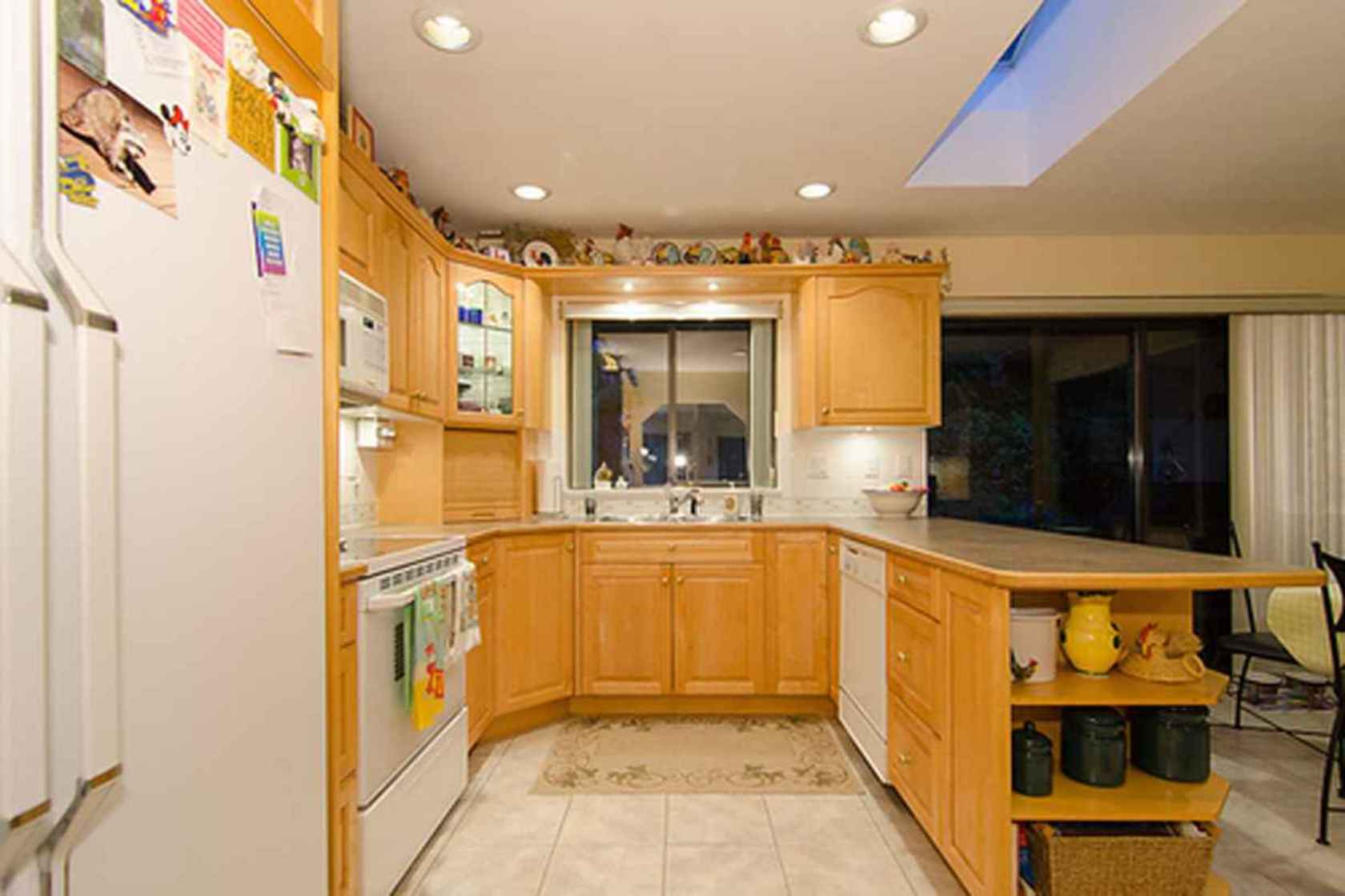 4278 at 3621 Mathers Avenue, Westmount WV, West Vancouver