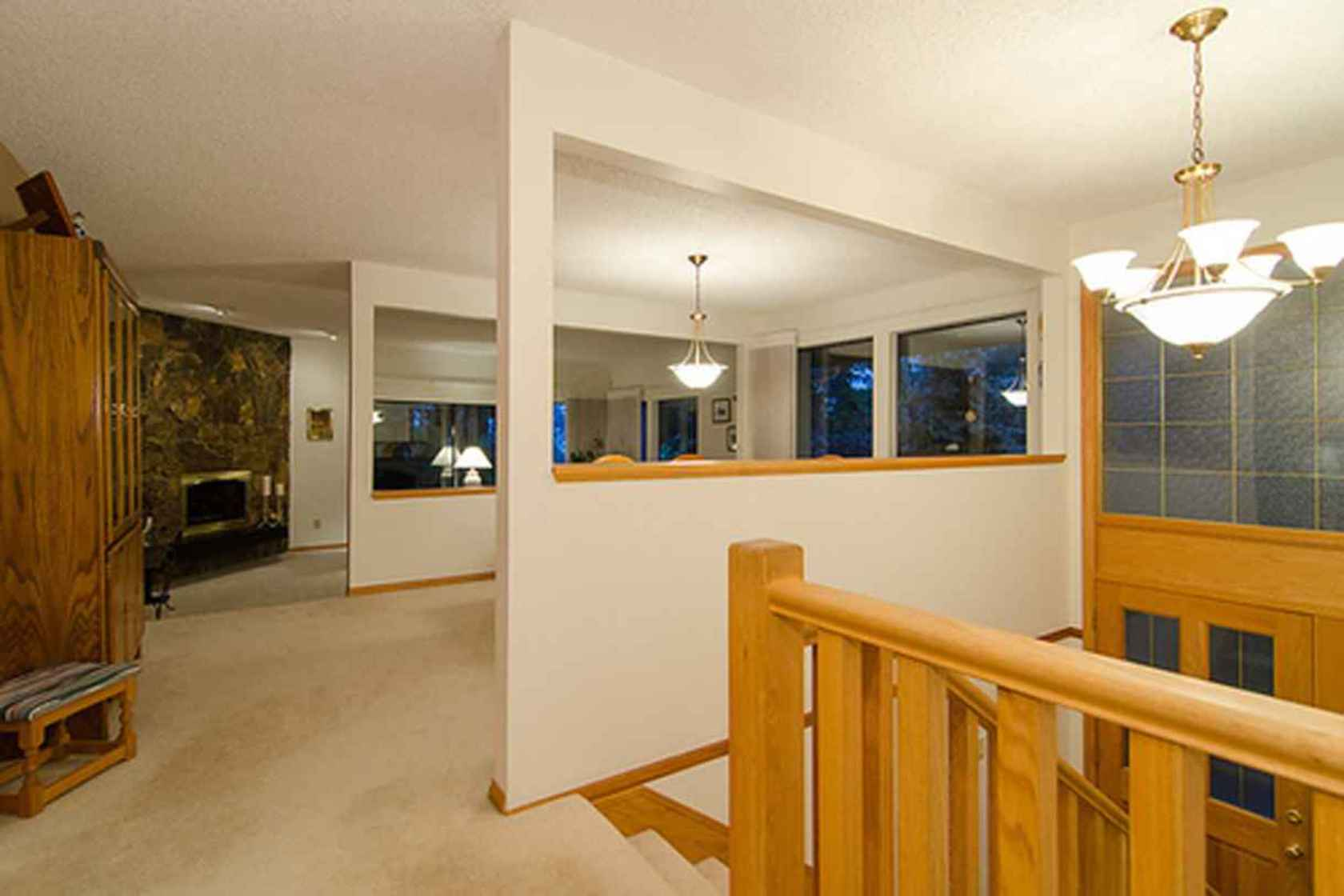4281 at 3621 Mathers Avenue, Westmount WV, West Vancouver