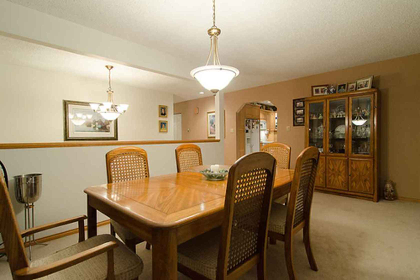 4282 at 3621 Mathers Avenue, Westmount WV, West Vancouver