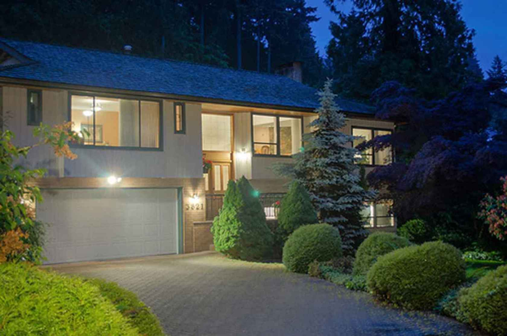 4291 at 3621 Mathers Avenue, Westmount WV, West Vancouver
