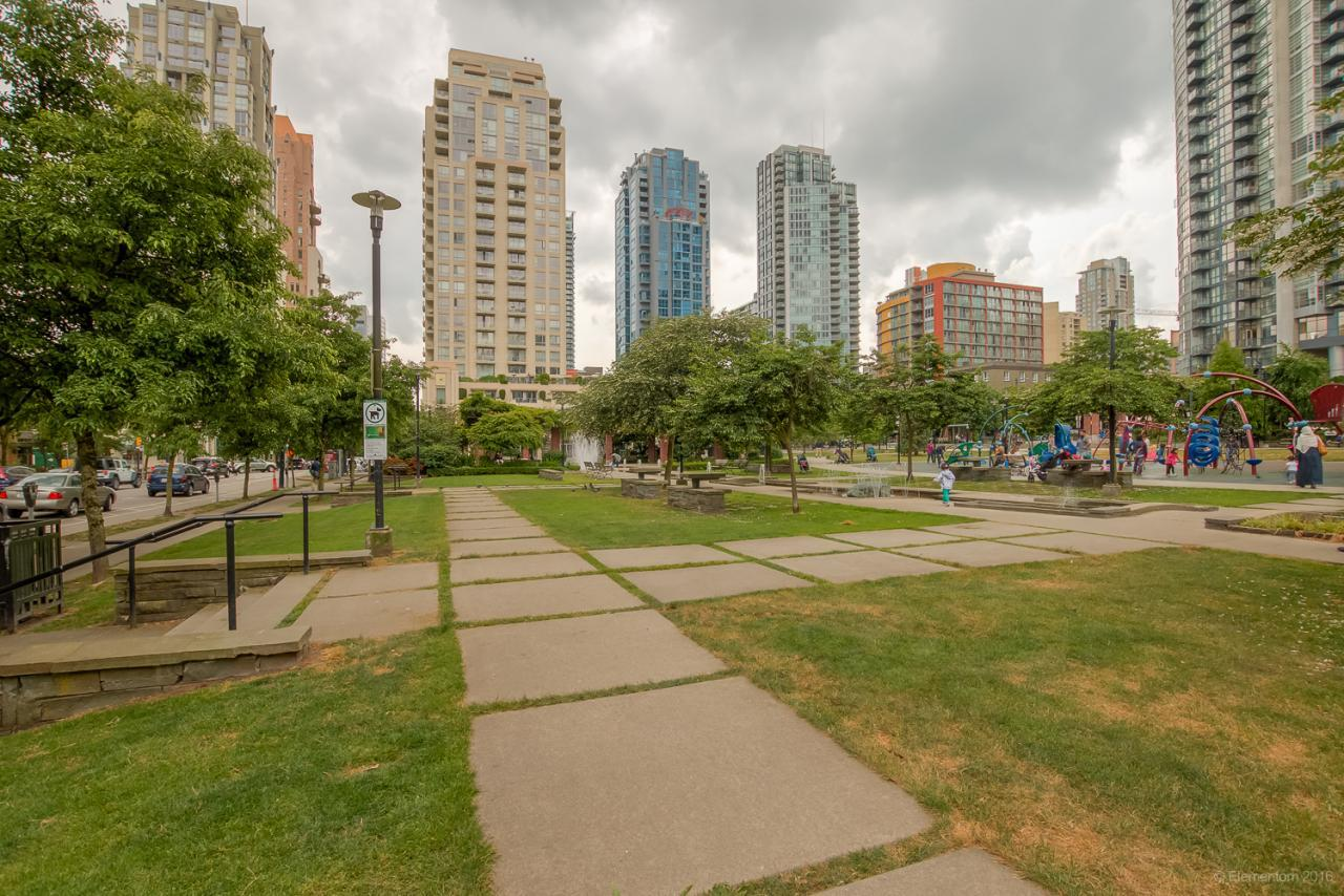 19 at 101 - 1168 Richards Street, Yaletown, Vancouver West