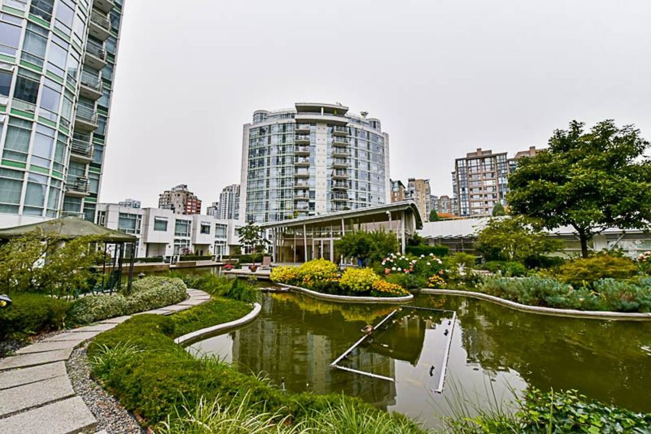 262224434-1 at 2001 - 1199 Marinaside Crescent, Yaletown, Vancouver West