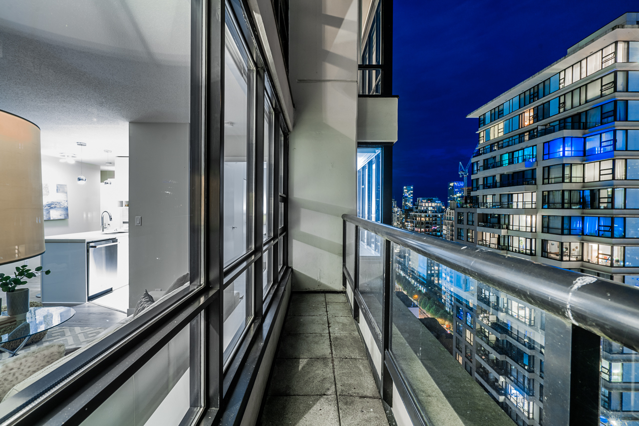 unit-2807-909-mainland-street-vancouver-added-2 at 2807 - 909 Mainland Street, Yaletown, Vancouver West