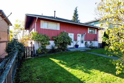 467e2-1 at 467 E 2nd Street, Lower Lonsdale, North Vancouver