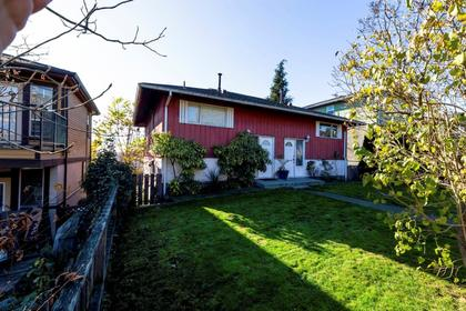 467e2-2 at 467 E 2nd Street, Lower Lonsdale, North Vancouver
