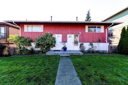 467e2-4 at 467 E 2nd Street, Lower Lonsdale, North Vancouver
