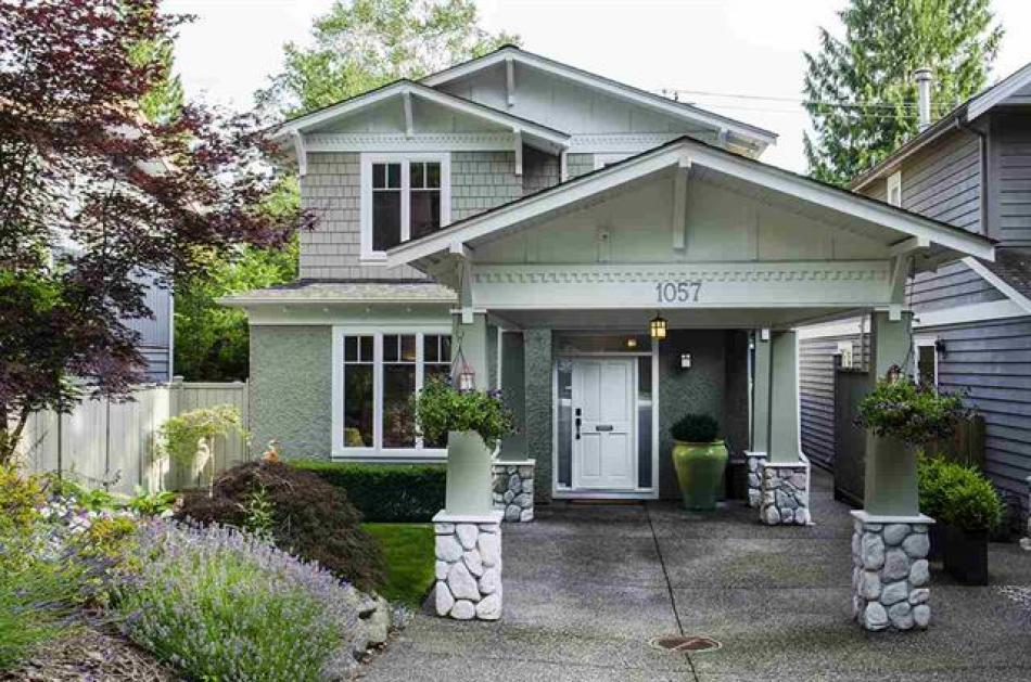 1057 Canyon Boulevard, Canyon Heights NV, North Vancouver