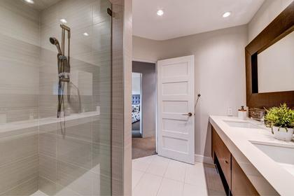 bath2 at 4316 Capilano Road, Canyon Heights NV, North Vancouver