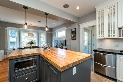 426e10-25 at 426 E 10th Street, Central Lonsdale, North Vancouver