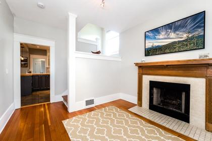 Foyer/Fireplace at 426 E 10th Street, Central Lonsdale, North Vancouver