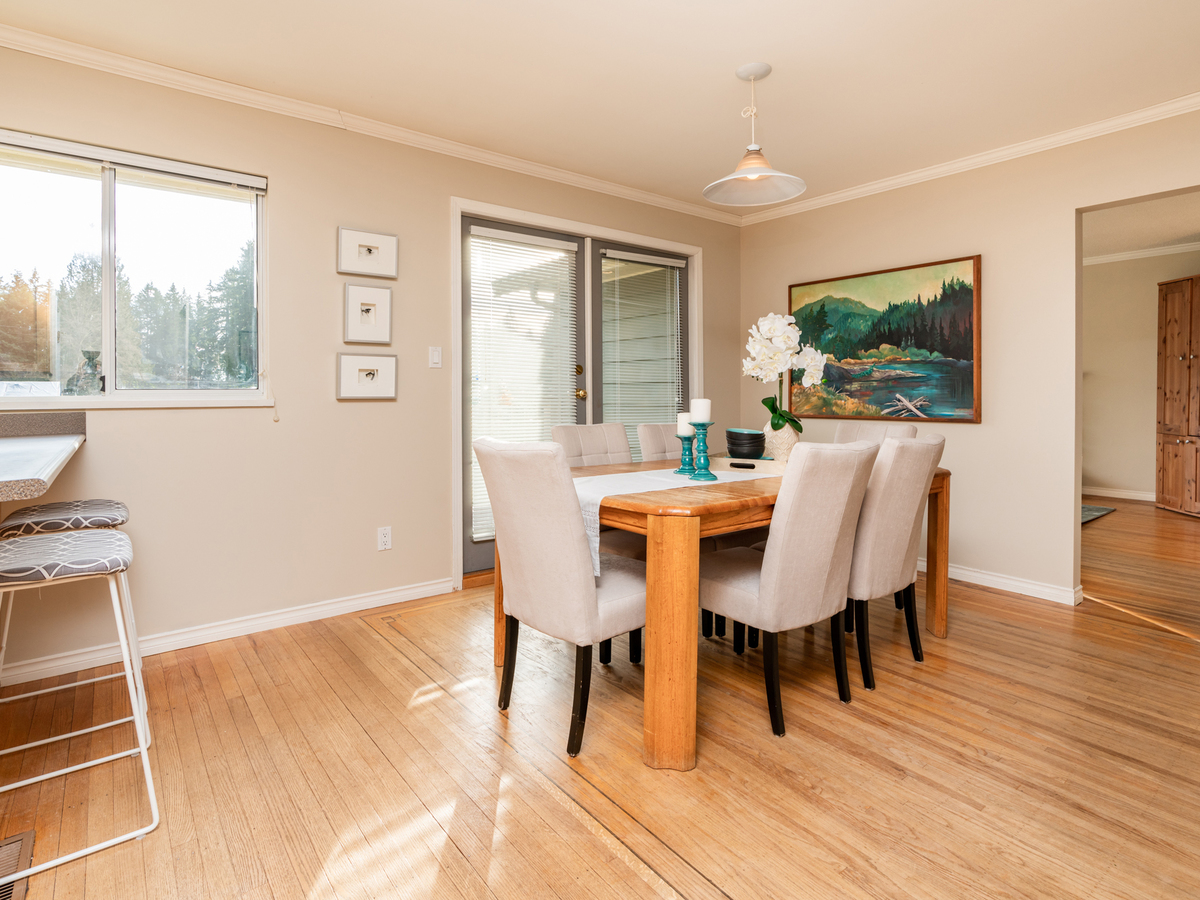 1284-west-23rd-35218 at 1284 W 23rd Street, Pemberton Heights, North Vancouver