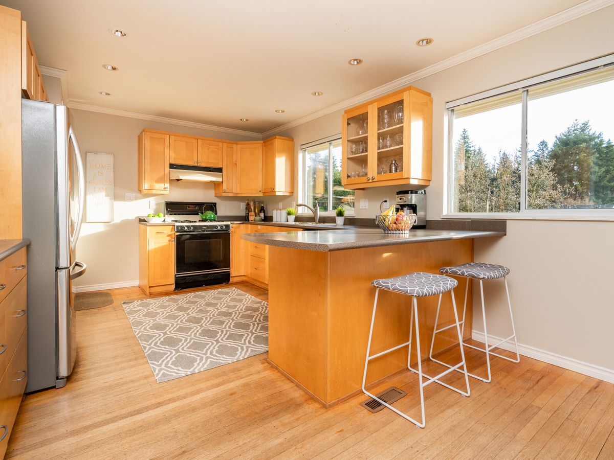 1284-west-23rd-35224 at 1284 W 23rd Street, Pemberton Heights, North Vancouver