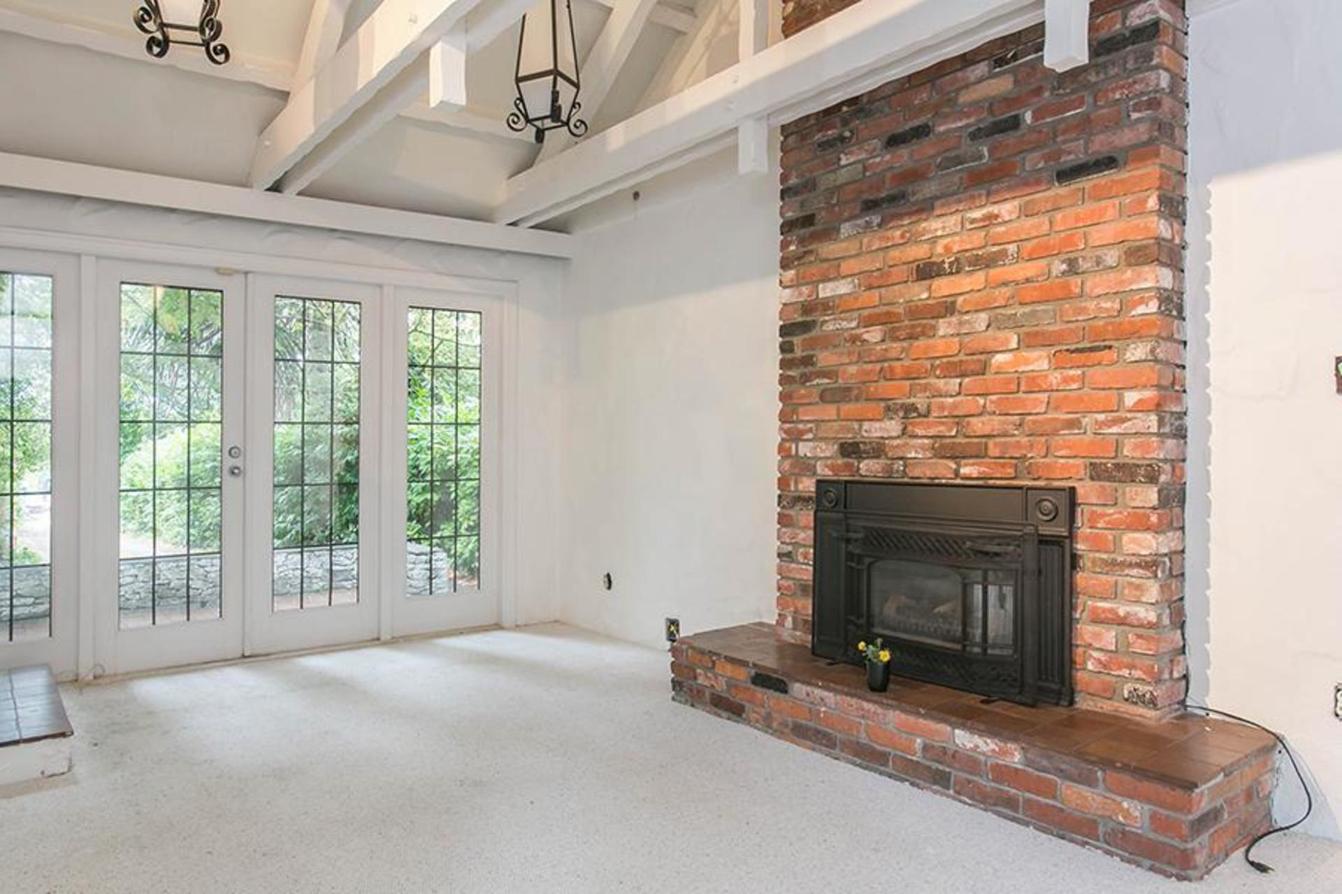 Fireplace at 4770 West 2nd Avenue, Point Grey, Vancouver West