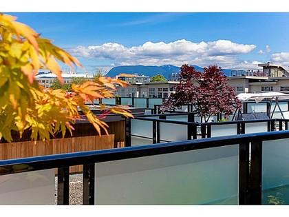 Roof at 510 - 6333 Larkin Drive, University VW, Vancouver West