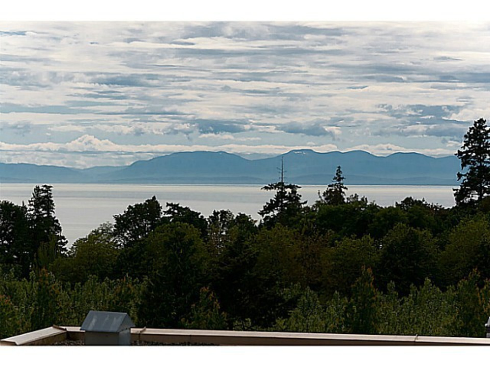 Water View at 510 - 6333 Larkin Drive, University VW, Vancouver West