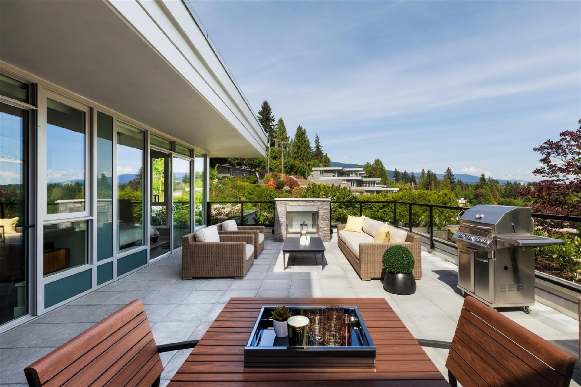 602 - 908 Keith Road, Park Royal, West Vancouver