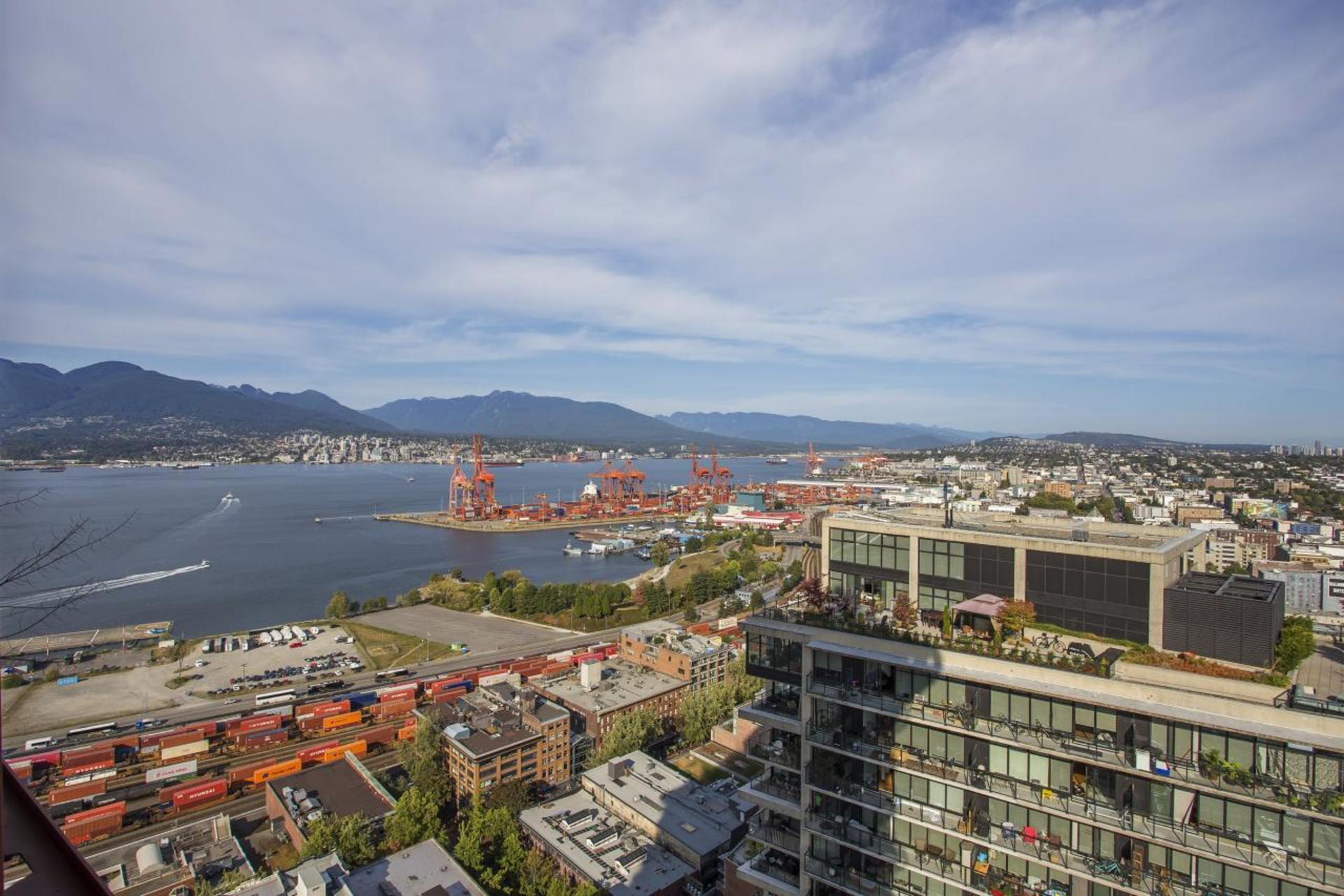 Ocean View at 3806 - 128 Cordova, Downtown VW, Vancouver West