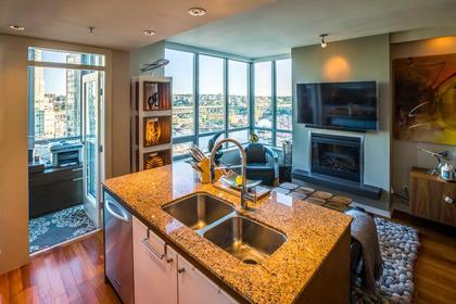 Kitchen at #1801 - 1005 Beach Avenue, Downtown VW, Vancouver West