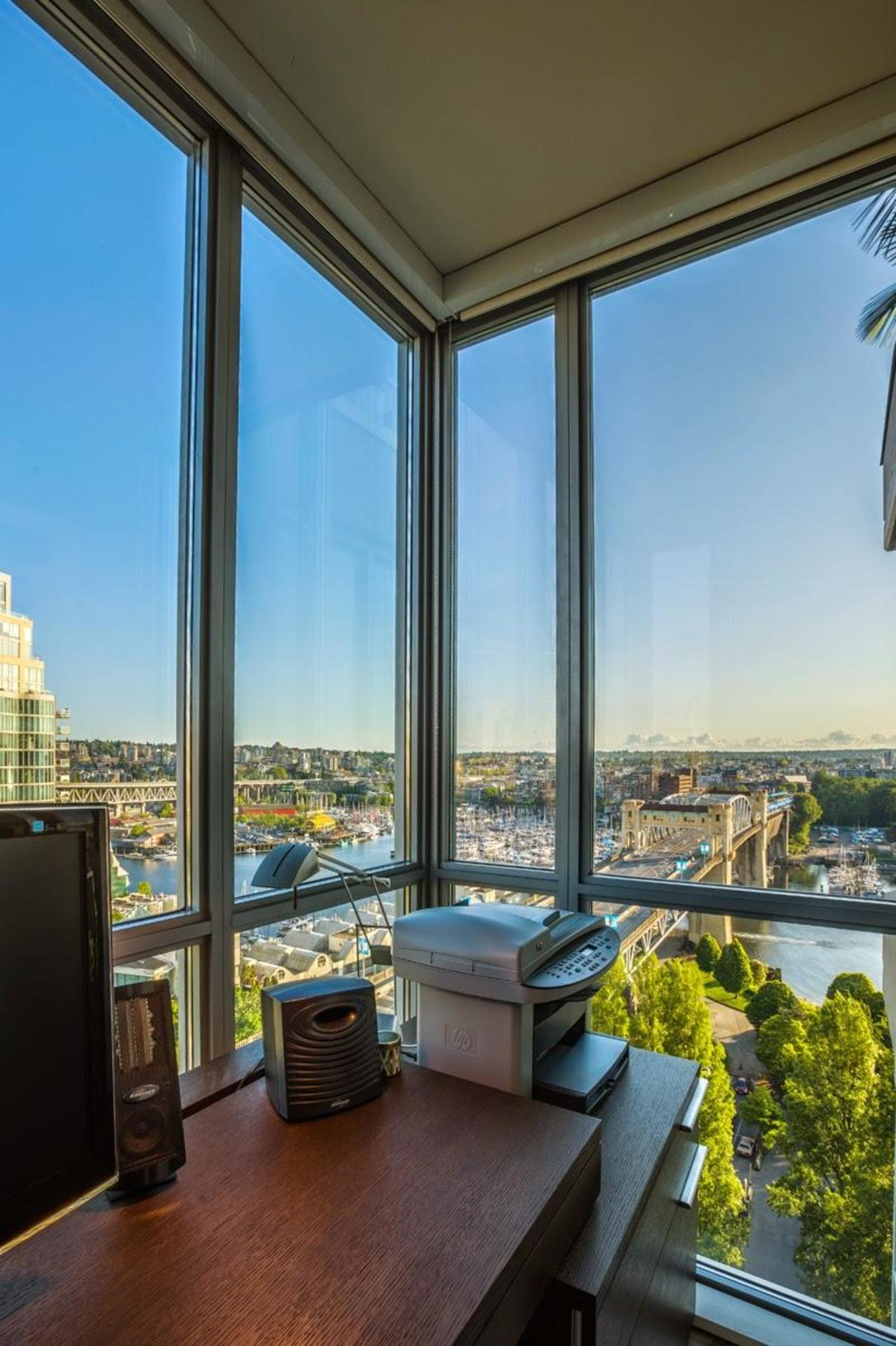 City view at #1801 - 1005 Beach Avenue, Downtown VW, Vancouver West