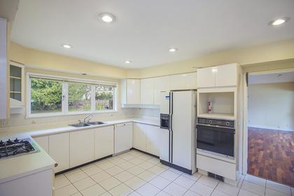 Kitchen at  374 Rabbit Lane, British Properties, West Vancouver