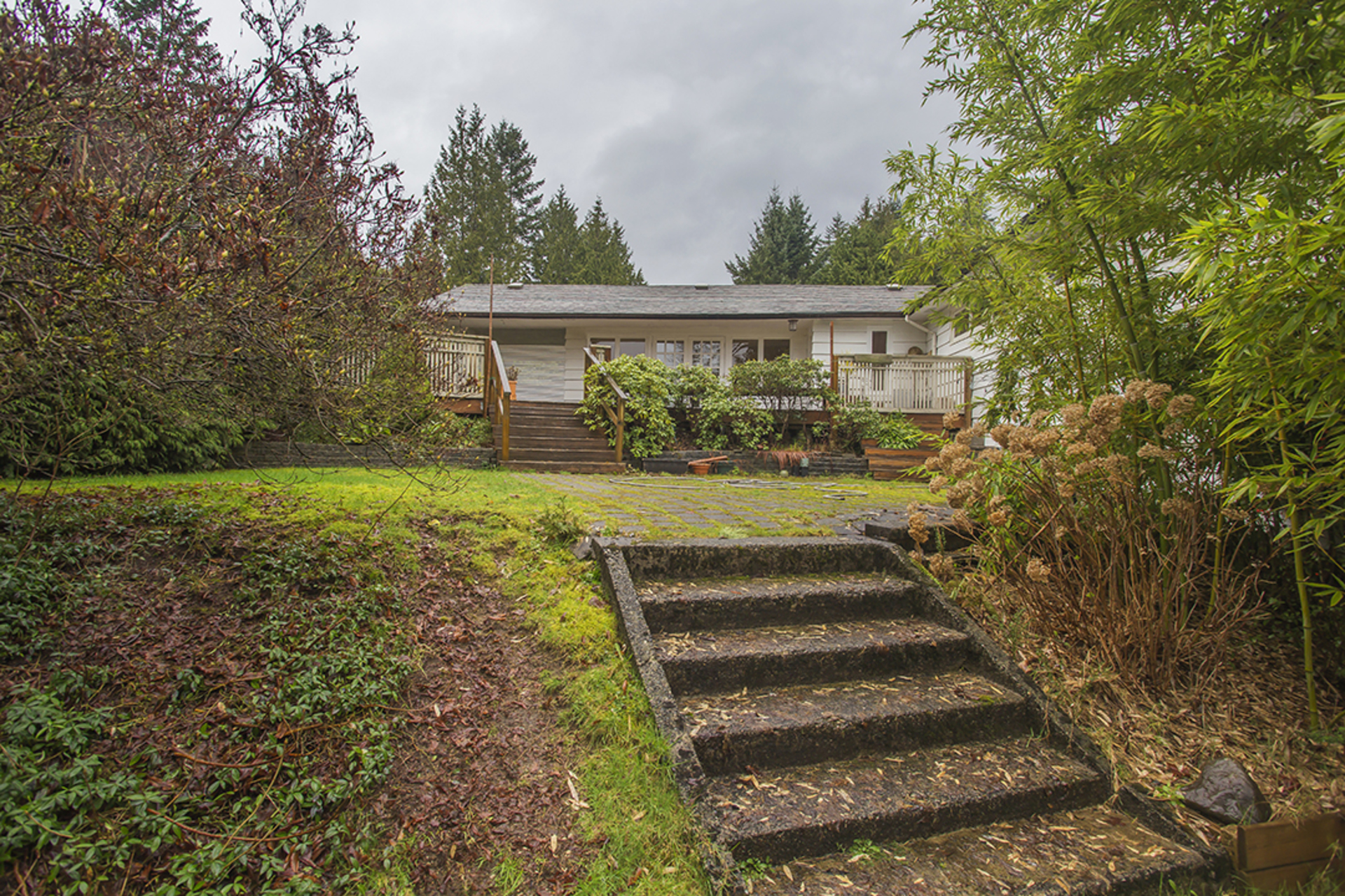 Entrance at  374 Rabbit Lane, British Properties, West Vancouver