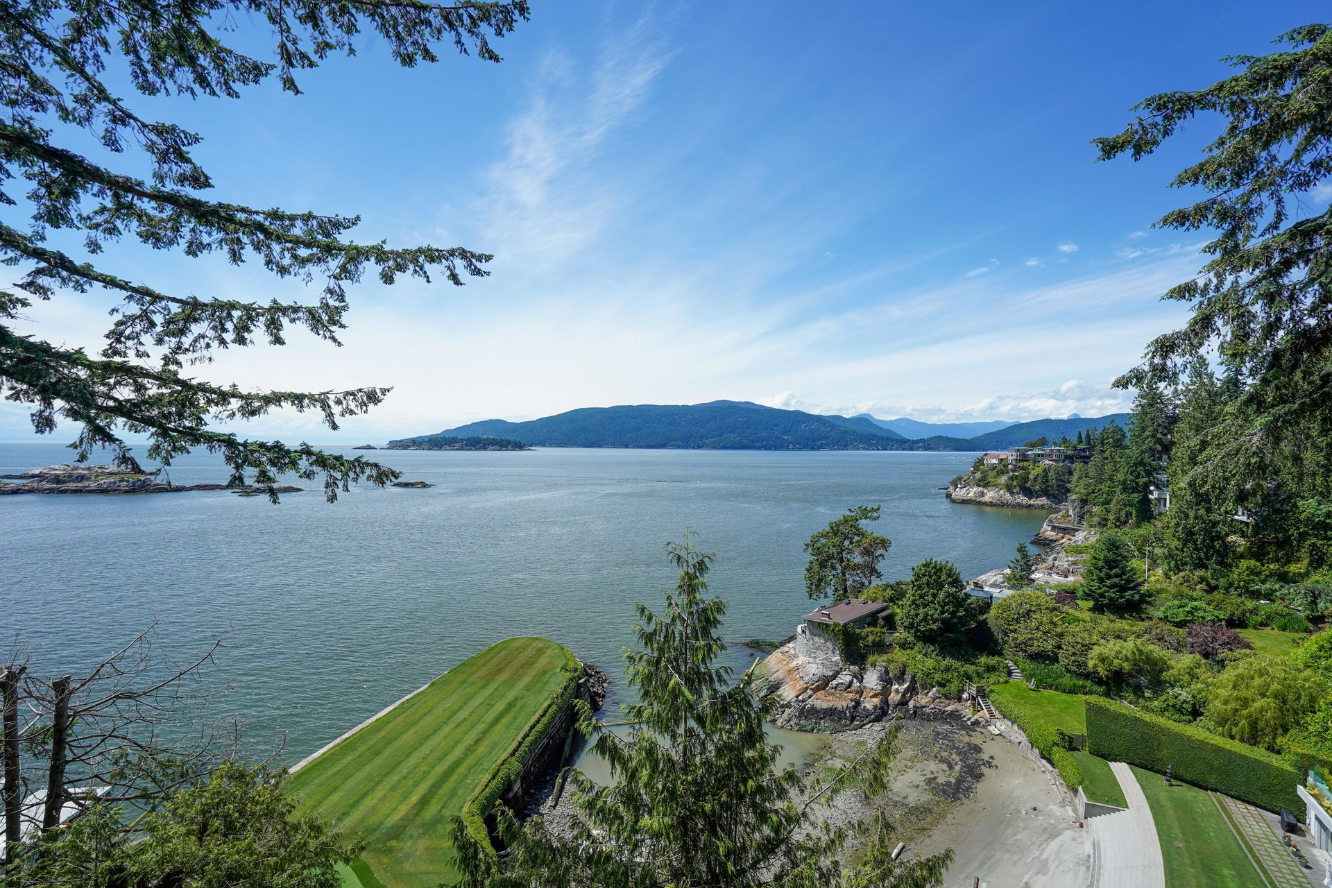 12 at  5202 Marine Drive, West Vancouver