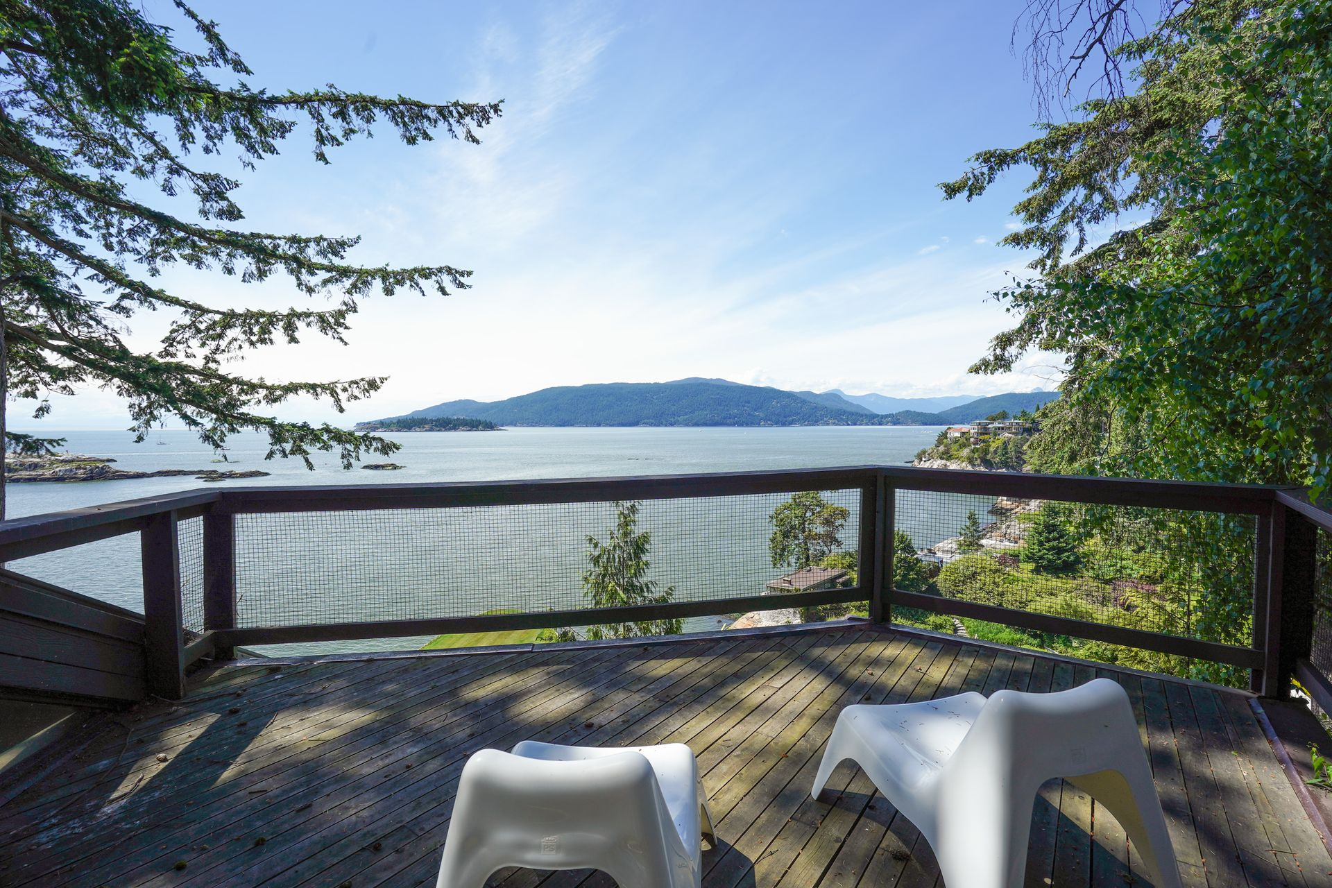 14 at  5202 Marine Drive, West Vancouver