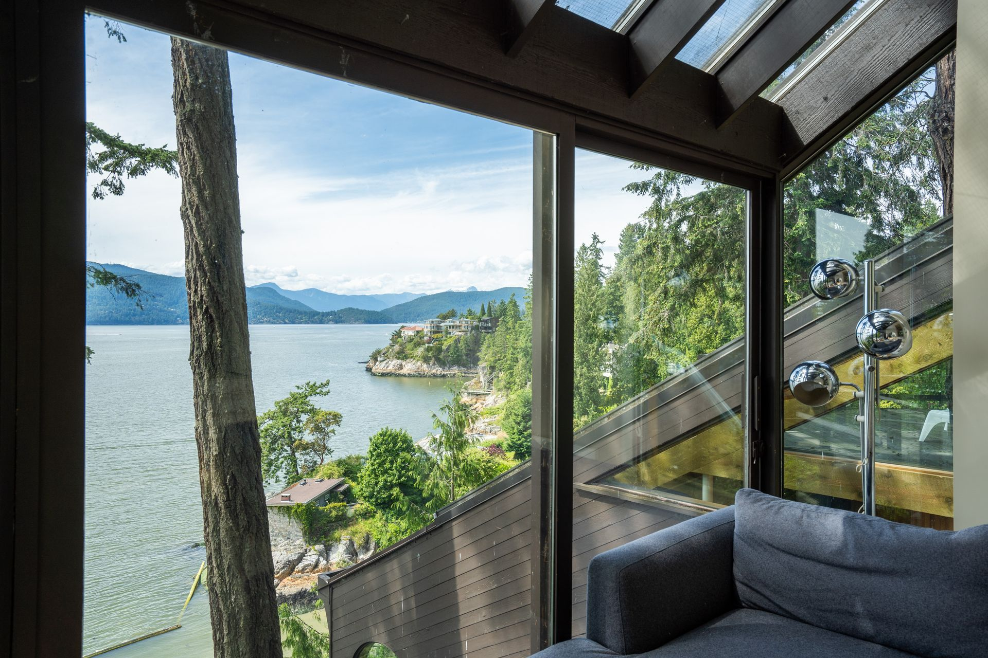 25 at  5202 Marine Drive, West Vancouver