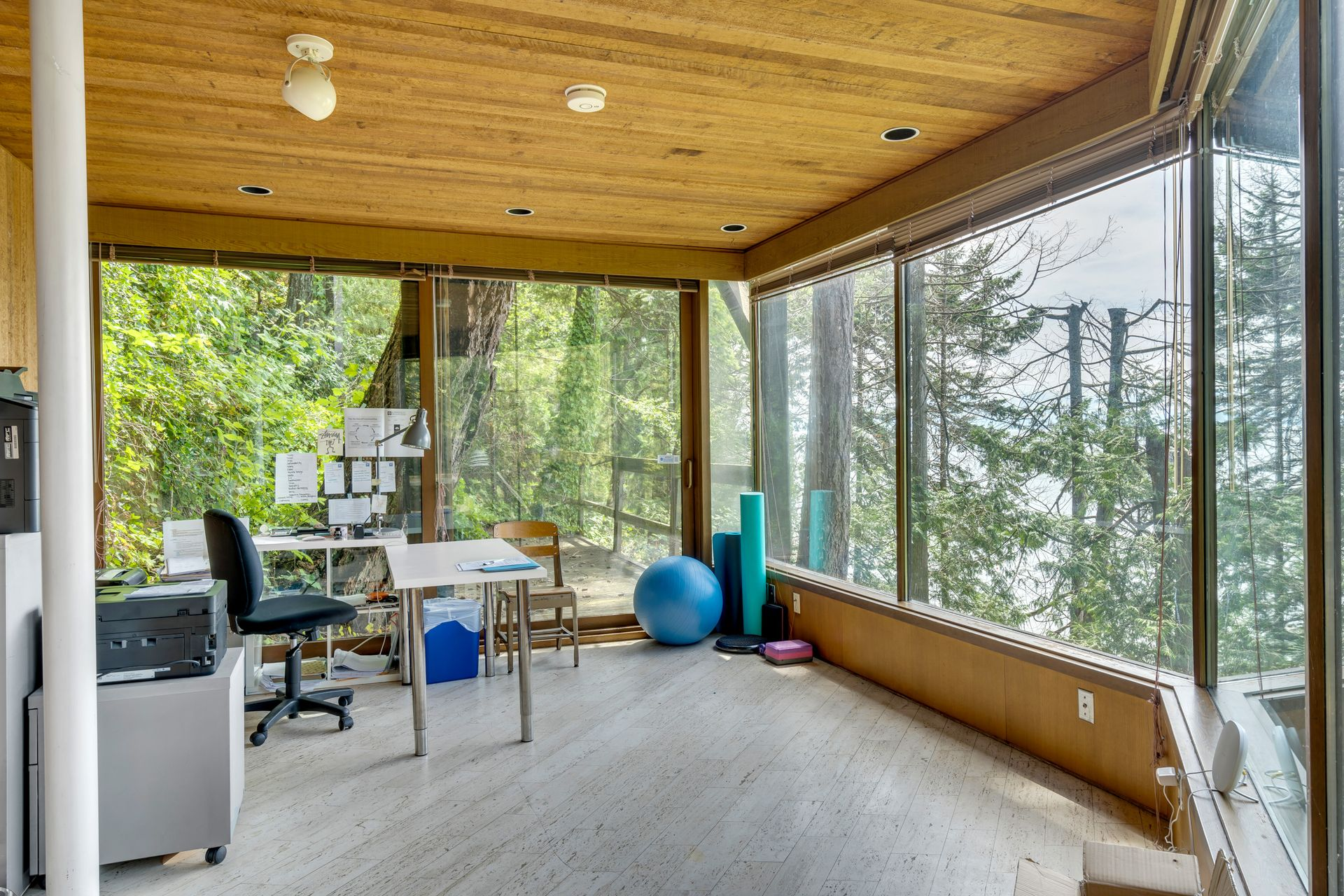 26 at  5202 Marine Drive, West Vancouver