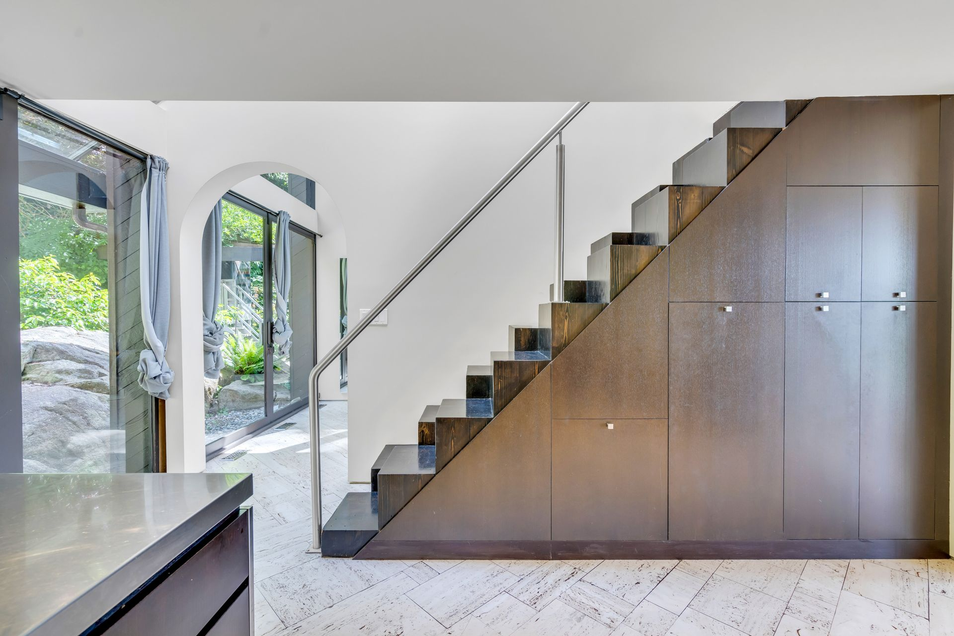 27 at  5202 Marine Drive, West Vancouver