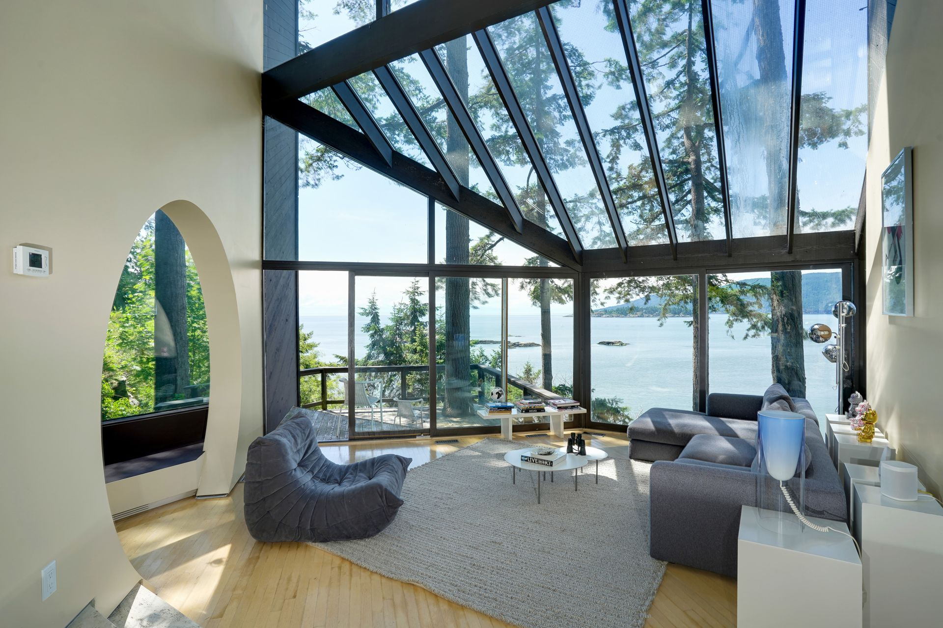 6 at  5202 Marine Drive, West Vancouver