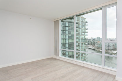 1J6A7971-1 at 2005 - 918 Cooperage Way, Yaletown, Vancouver West