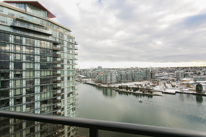 1J6A8013-1 at 2005 - 918 Cooperage Way, Yaletown, Vancouver West