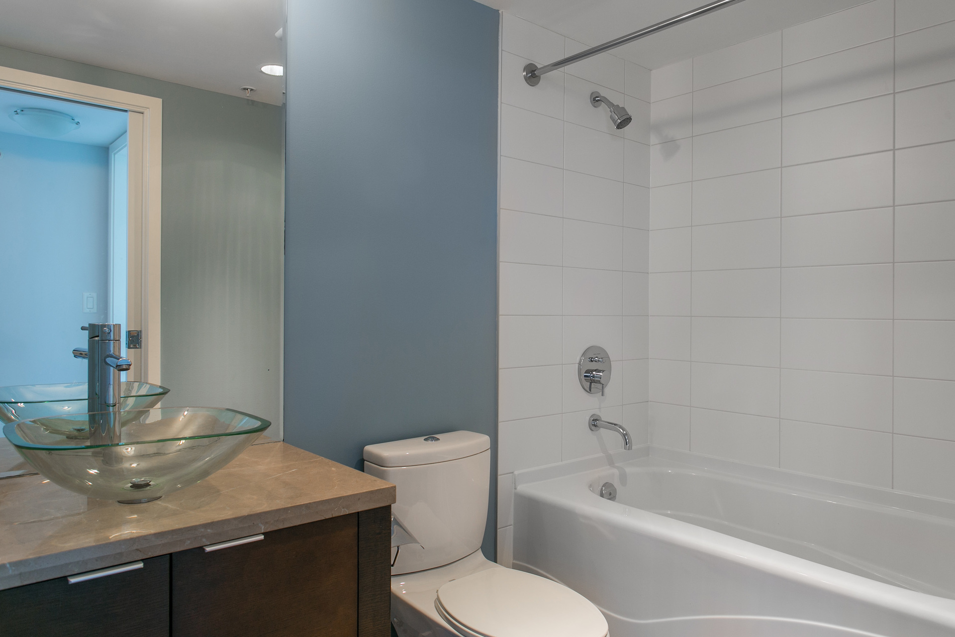1J6A7987-1 at 2005 - 918 Cooperage Way, Yaletown, Vancouver West